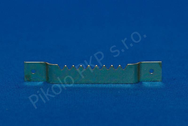 ART 0218 - otvor na hřebíčky