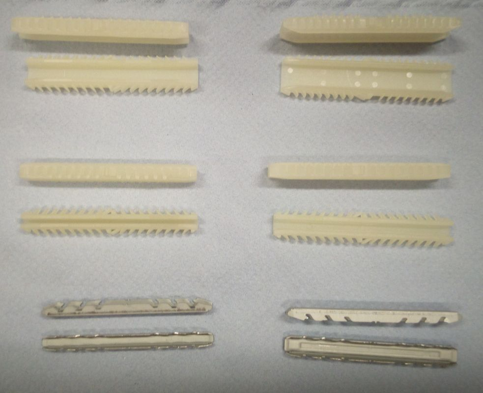 NOVINKA - Spojka na izolační dvojskla 15,5x6,5 mm plastová